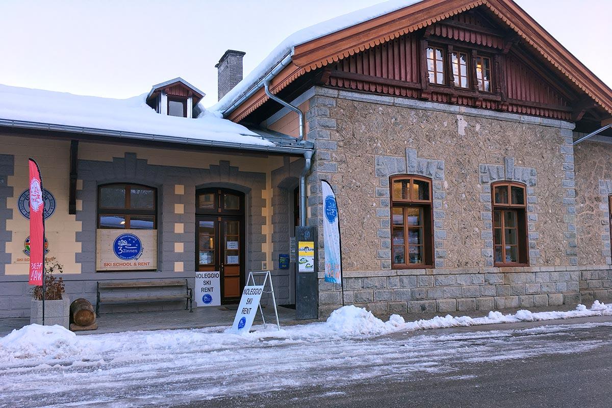 skischule-skiverleih-toblach-scuola-sci-noleggio-dobbiaco-snowsports3zinnen1