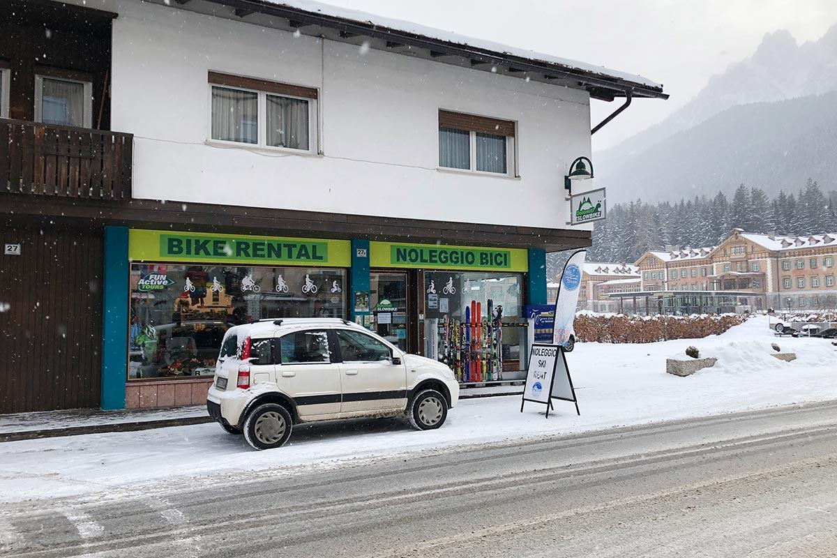 skiverleih-snowsports3zinnen